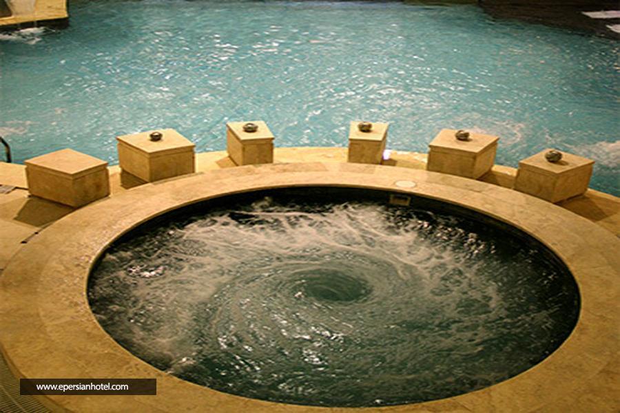 اتاق ماه عسل هتل درویشی و خدمات جکوزی