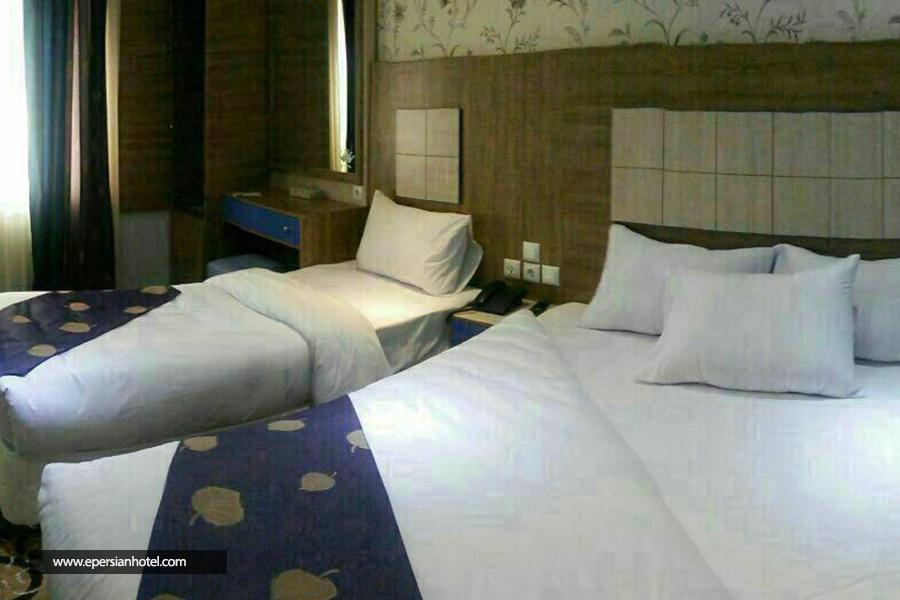 هتل تاج مشهد class=