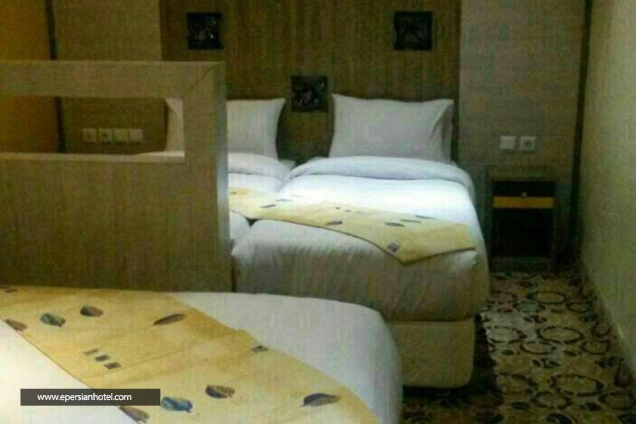 هتل تاج مشهد اتاق سه تخته