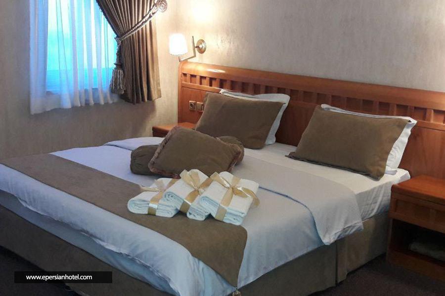 هتل آبان مشهد اتاق دو تخته دابل