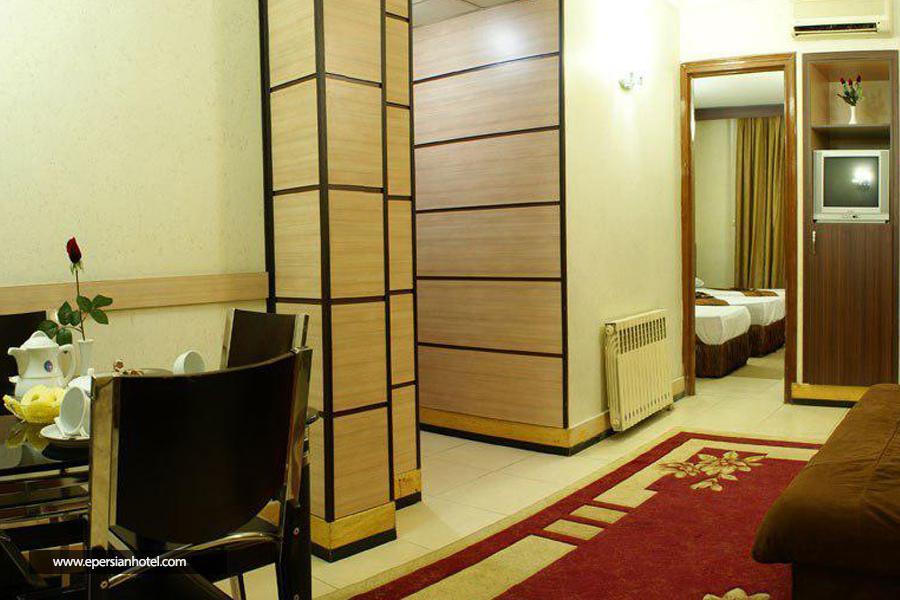 هتل ابریشم  مشهد class=