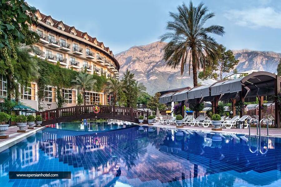 هتل الکوکلار ایکسکلوسیو کمر آنتالیا استخر