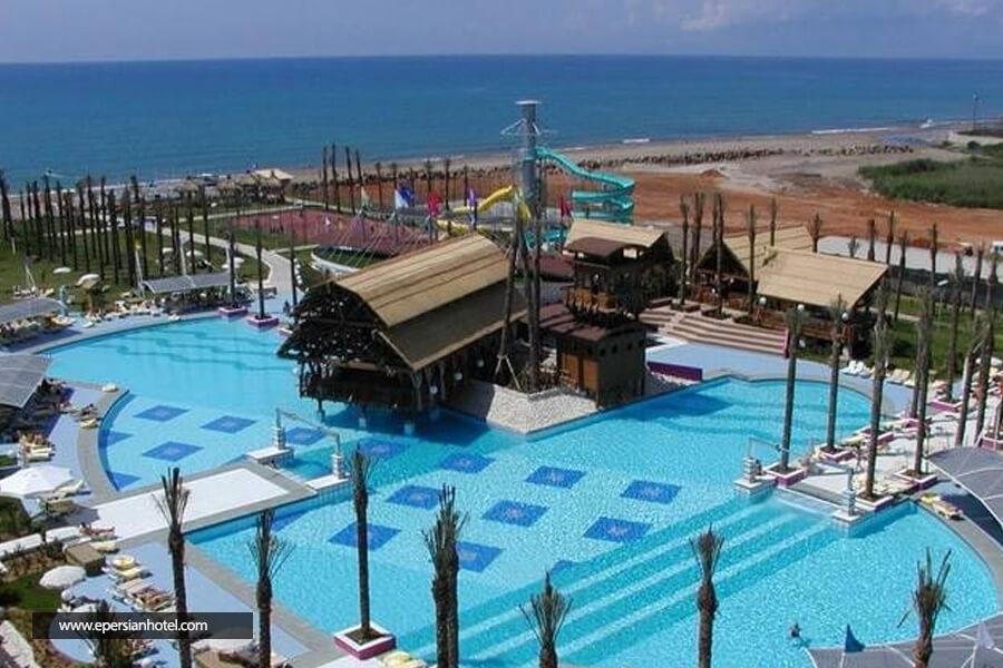 هتل دلفین دیوا آنتالیا استخر
