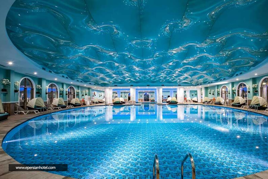 هتل گراندا لاکچری آنتالیا استخر