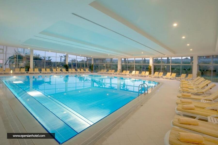 هتل میراکل ریزورت آنتالیا استخر