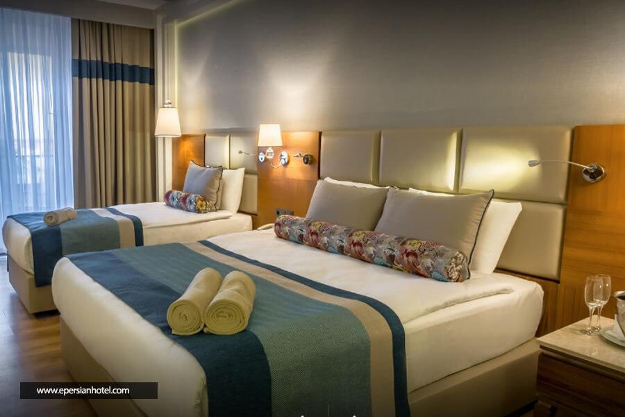 هتل سنسیتیو پرمیوم ریزورت آنتالیا اتاق تریپل