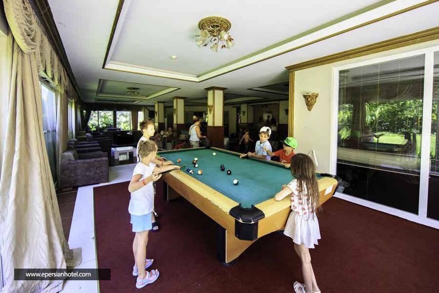هتل ارمیر پالاس آنتالیا میز بیلیارد