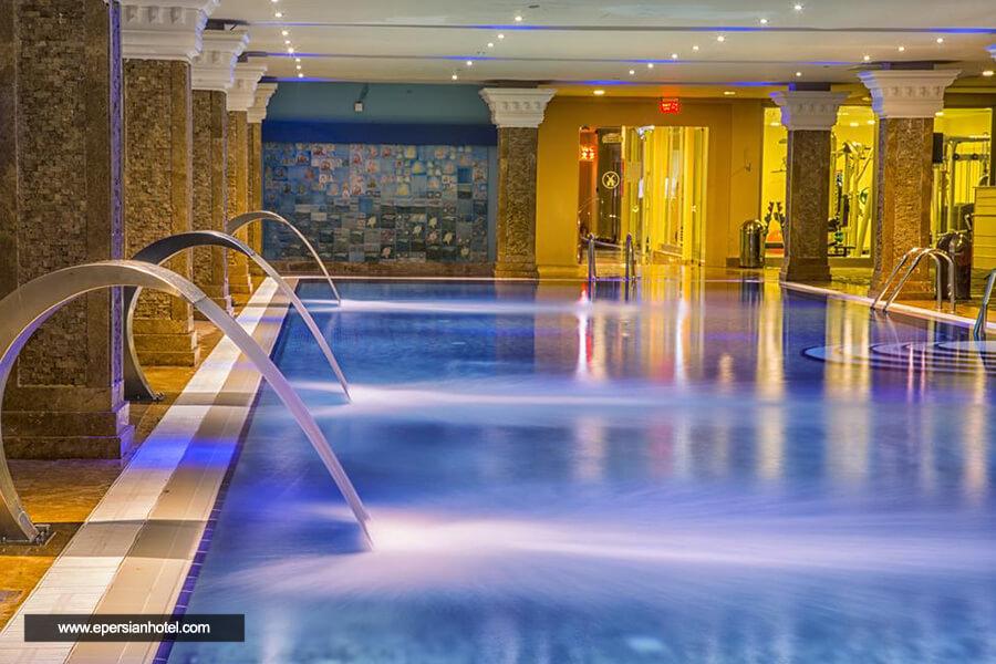 هتل اورنج کانتی آنتالیا استخر