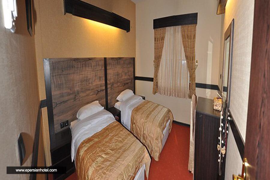 هتل آپادانا مشهد اتاق دوتخته