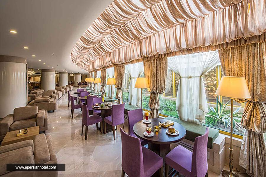هتل آپارتمان آرمان مشهد کافی شاپ