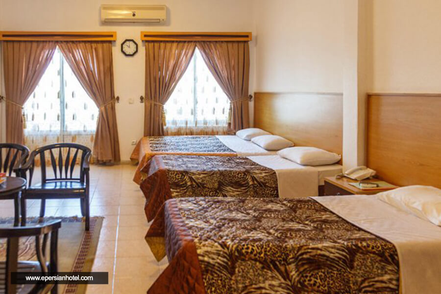 هتل آقتاب شرق کیش اتاق چهارتخته