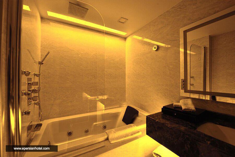 هتل داریوش کیش حمام