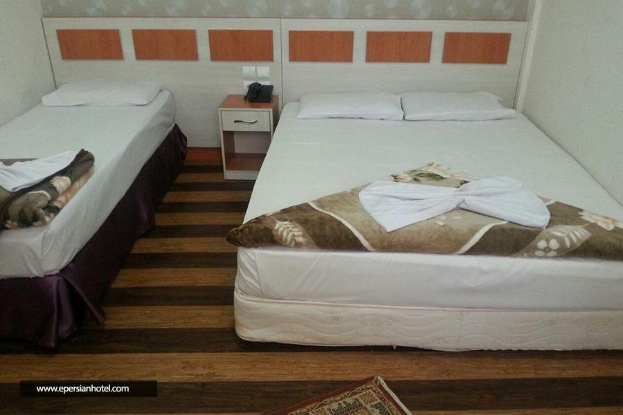 هتل آوازه مشهد اتاق سه تخته