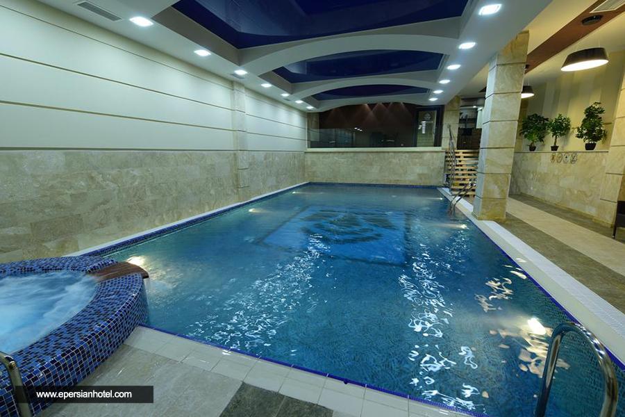هتل دیاموند باکو استخر