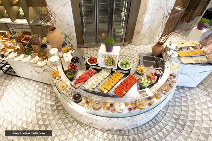 هتل فیرمونت فلیم تاورز باکو رستوران
