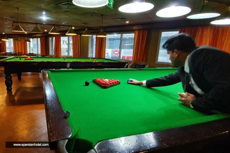 هتل کینگز سکویر دبی باشگاه بیلیارد