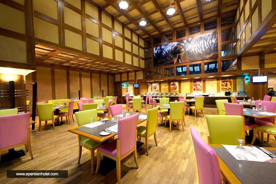 هتل کاپیتول دبی رستوران