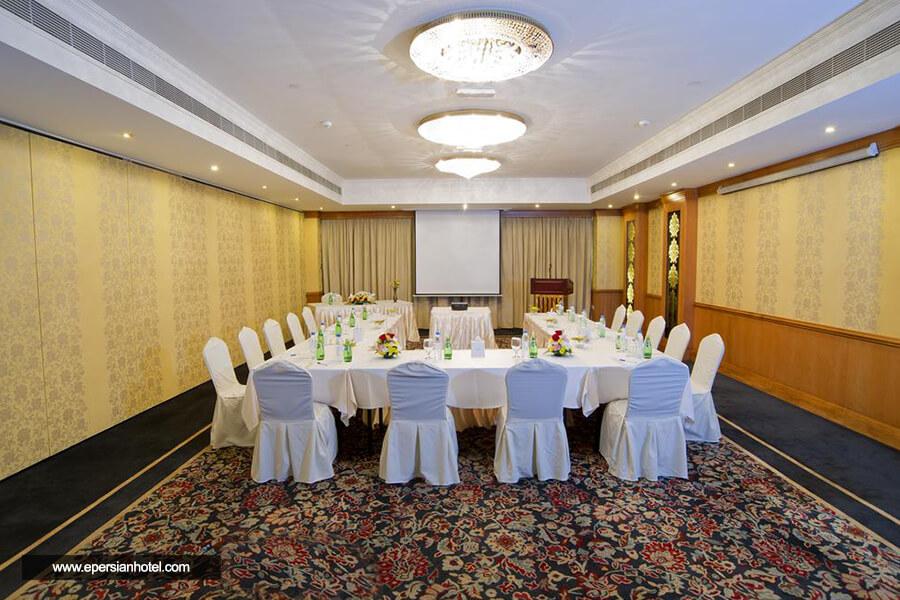هتل کارلتون تاور دبی اتاق جلسه