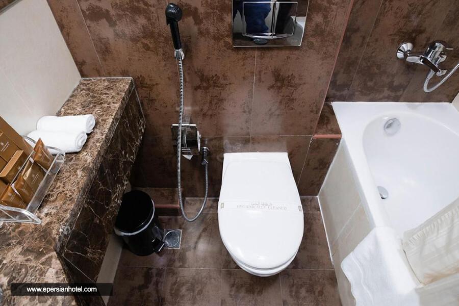 هتل لندمارک بنیاس دبی سرویس بهداشتی