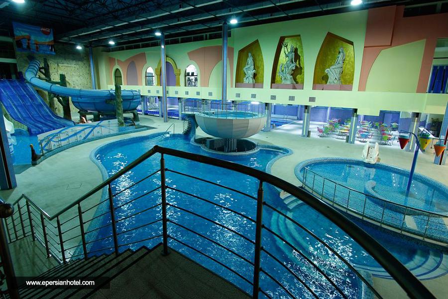 هتل آکواتک ایروان استخر