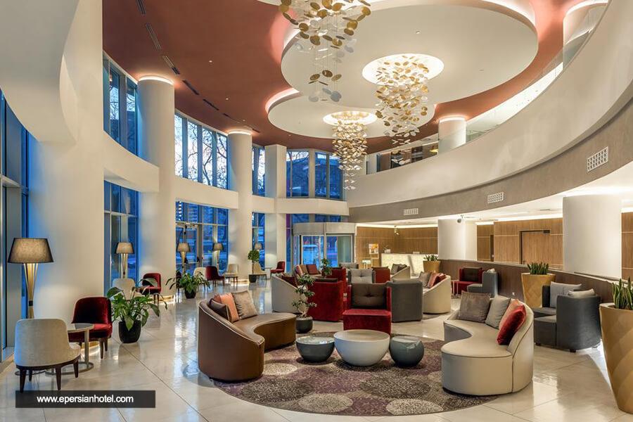 هتل دابل تری بای هیلتون سیتی سنتر ایروان لابی