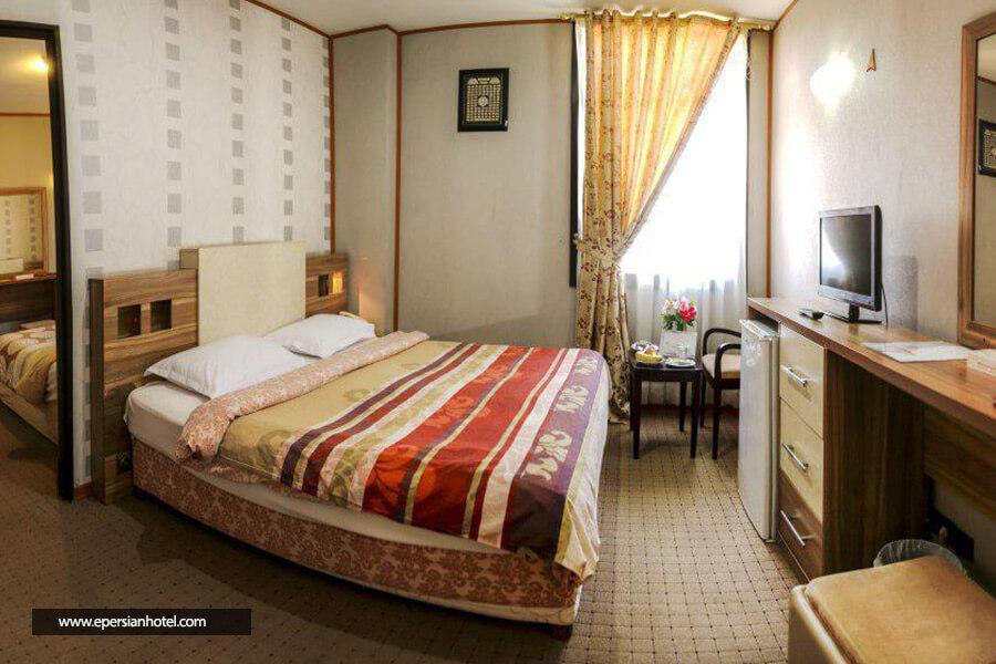هتل فرهنگ و هنر مشهد کانکت چهار تخته