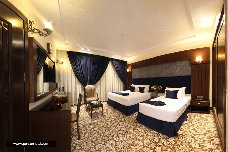 هتل فیروزه توس مشهد اتاق سه تخته کلاسیک