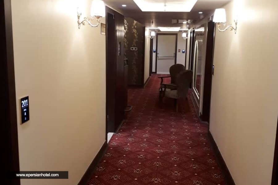 هتل فیروزه توس مشهد راهرو