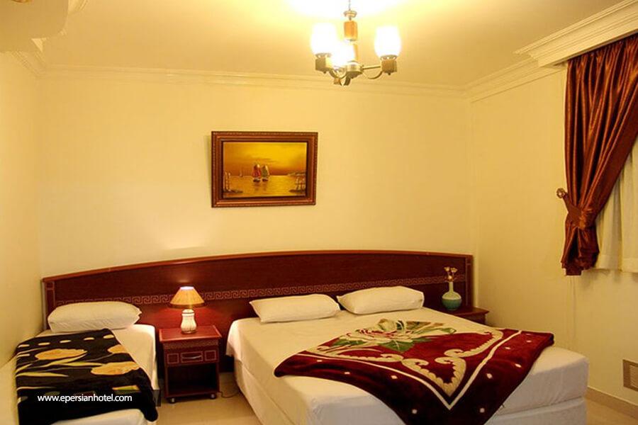 هتل آپارتمان فرات مشهد اتاق سه تخته