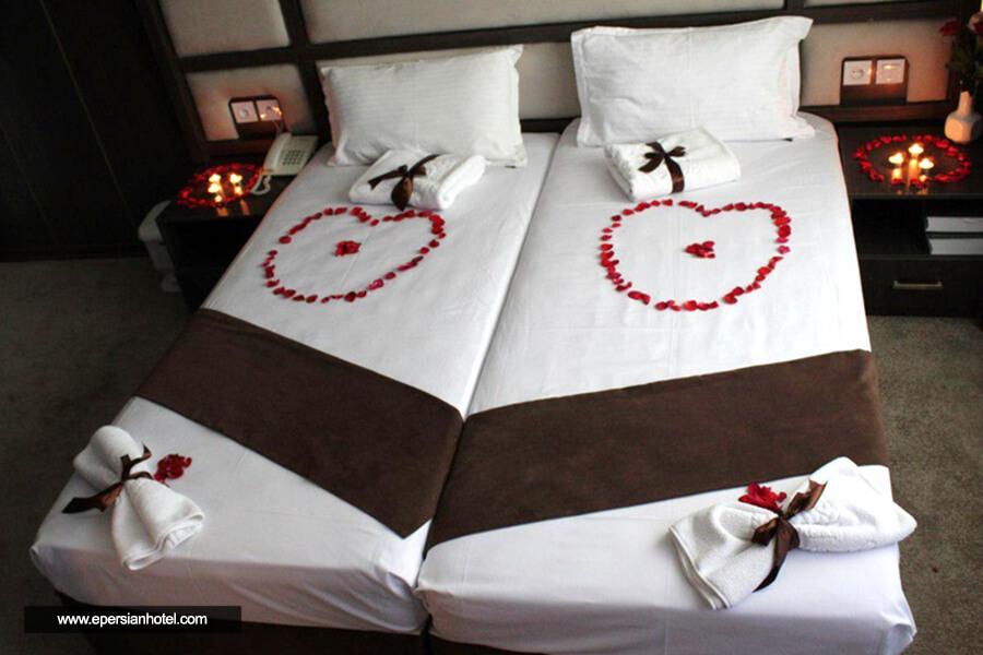 هتل قدس مشهد اتاق ماه عسل