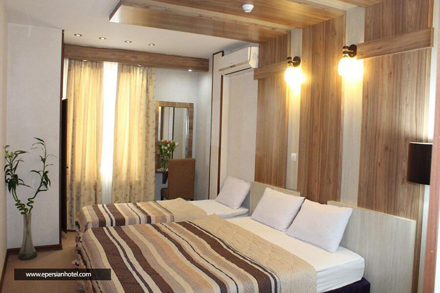 هتل هفت آسمان مشهد اتاق سه تخته