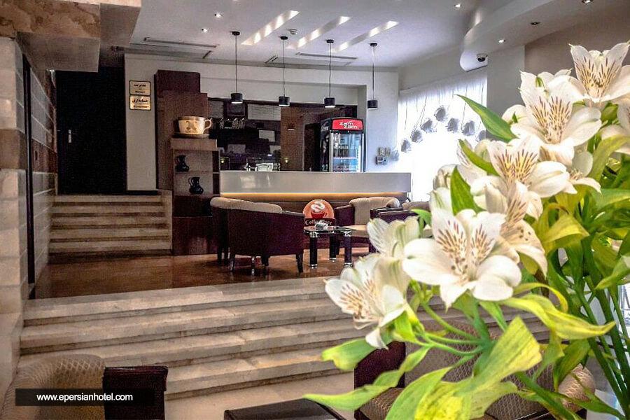 هتل هانی پارس مشهد کافی شاپ