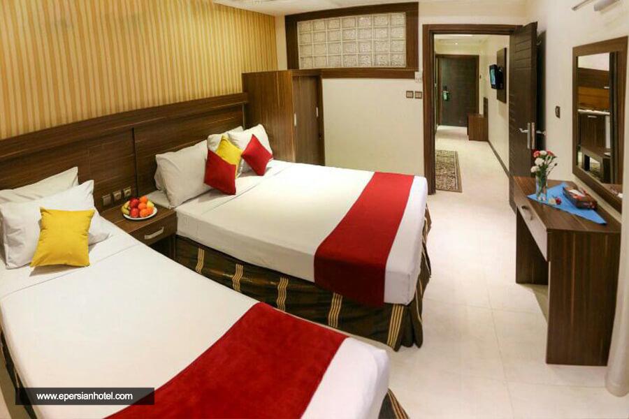 هتل هانی پارس مشهد آپارتمان سه تخته