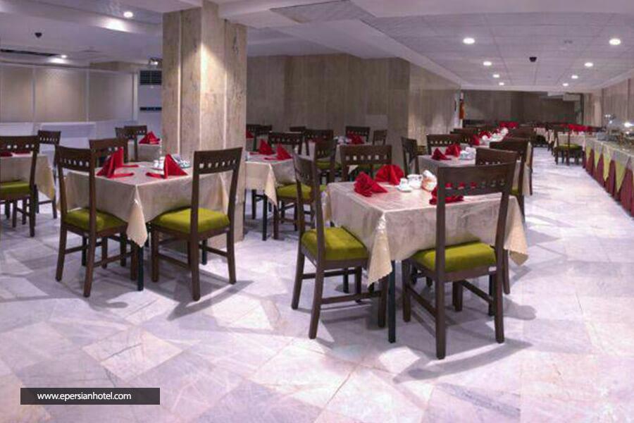 هتل کارن مشهد رستوران