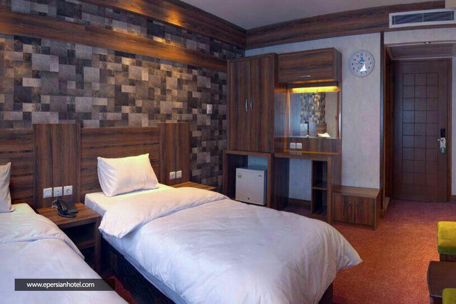 هتل کارن مشهد اتاق دو تخته