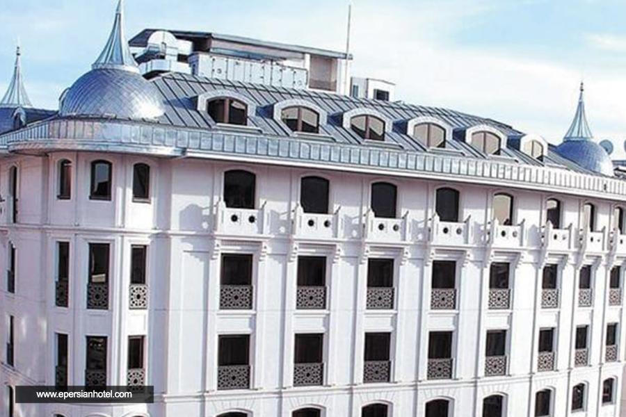 هتل هاری این مرتر استانبول نما