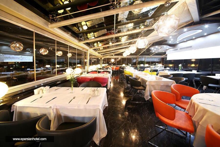 هتل کارتون استانبول رستوران