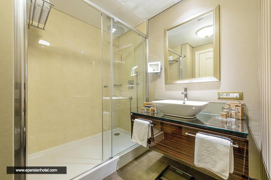 هتل الیت ورد بیزینس استانبول حمام