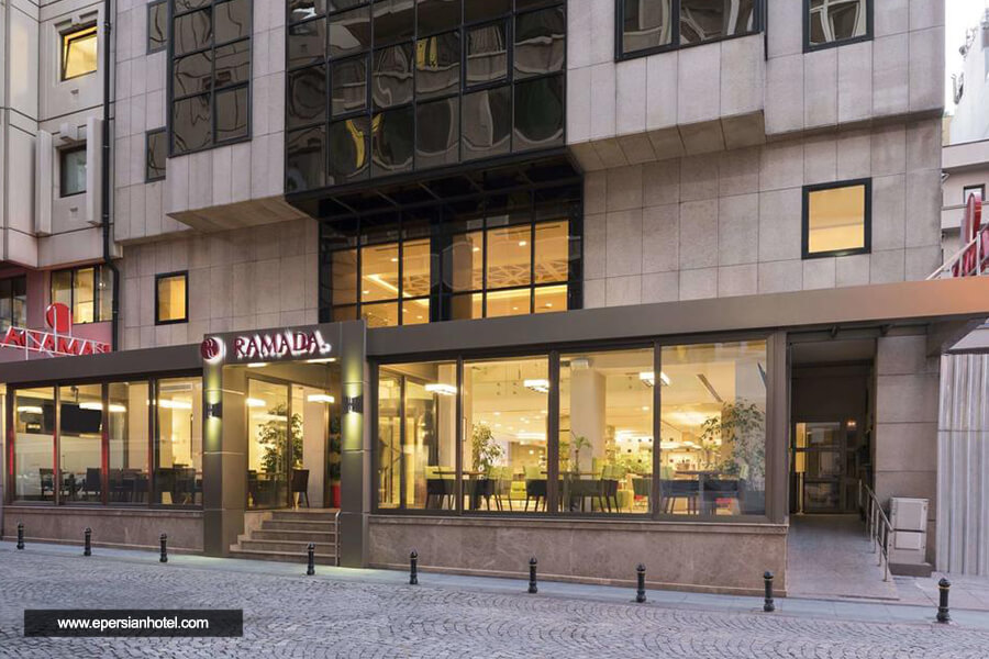 هتل رامادا تکسیم استانبول نما