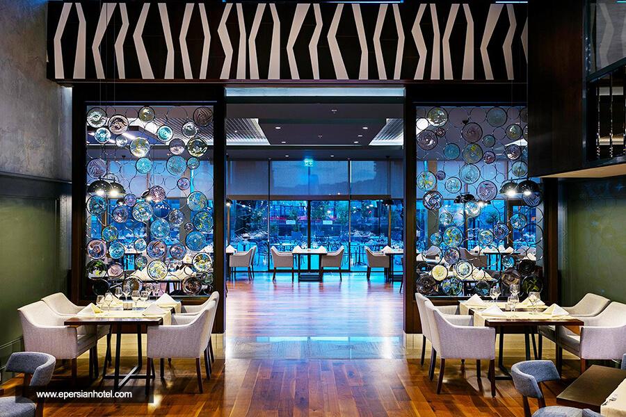 هتل تایتانیک داون تاون بیوقلو استانبول رستوران