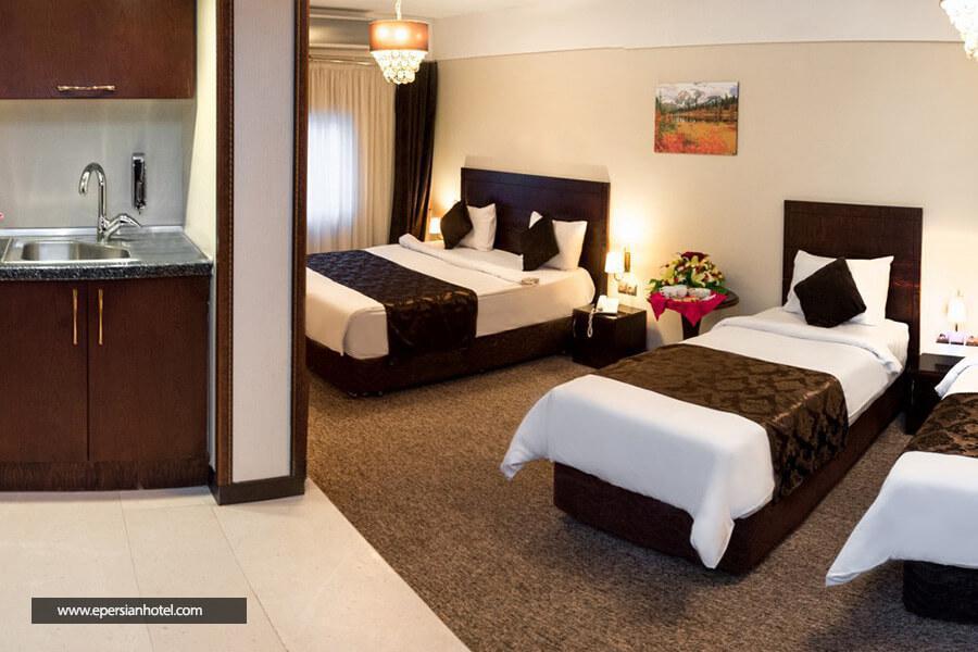هتل جواهر شرق مشهد اتاق چهار تخته