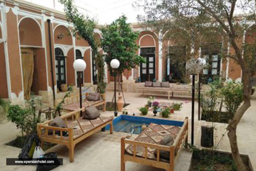 اقامتگاه سنتی خبره یزد نما