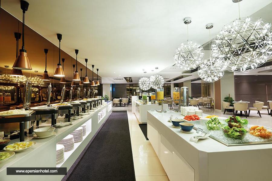 هتل کوزمو کوالالامپور رستوران