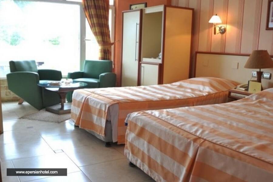 هتل ملک چالوس اتاق سه تخته