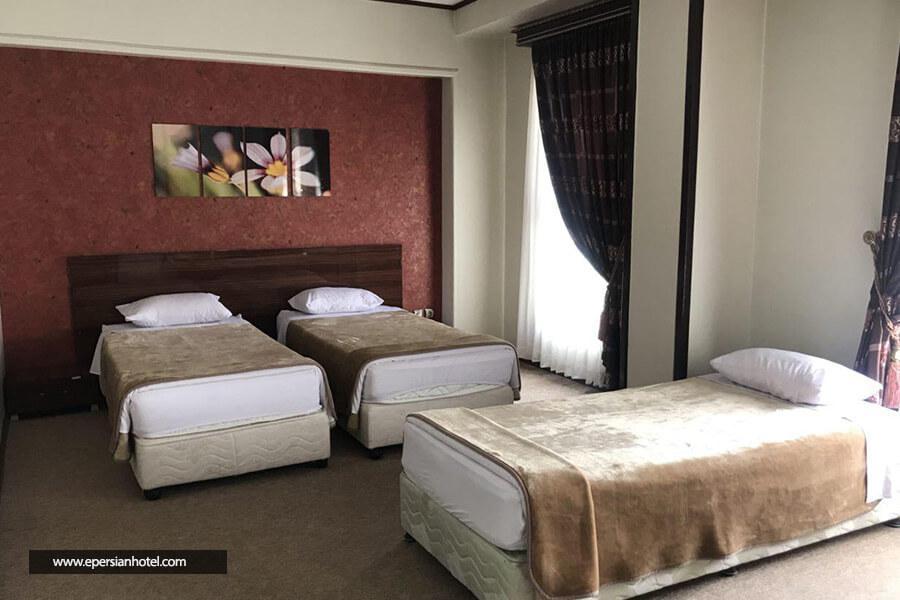 هتل میثاق مشهد class=