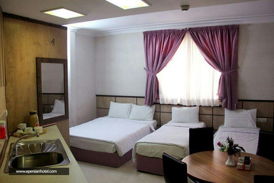 هتل آپارتمان معین درباری مشهداتاق چهارتخته