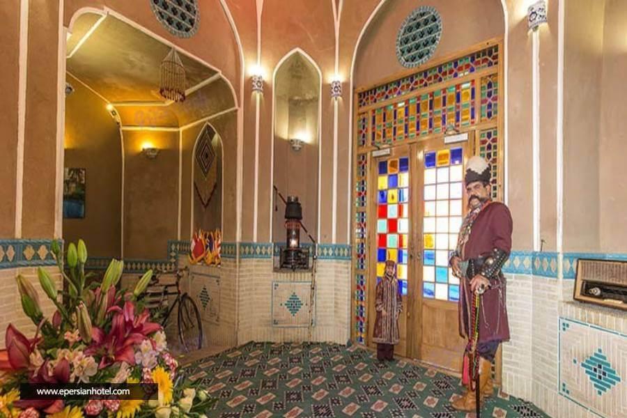 میزبانی هتل مشیرالممالک
