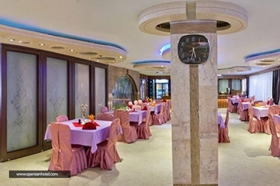 هتل قصر نیلی مشهد رستوران