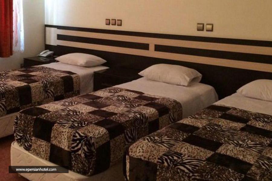 هتل آپارتمان ایرانیکا (مهر اصل) اهواز اتاق
