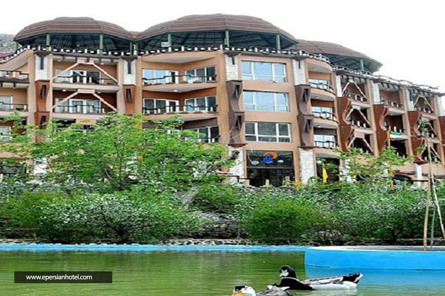 هتل بزرگ کوهستان بیرجند نما